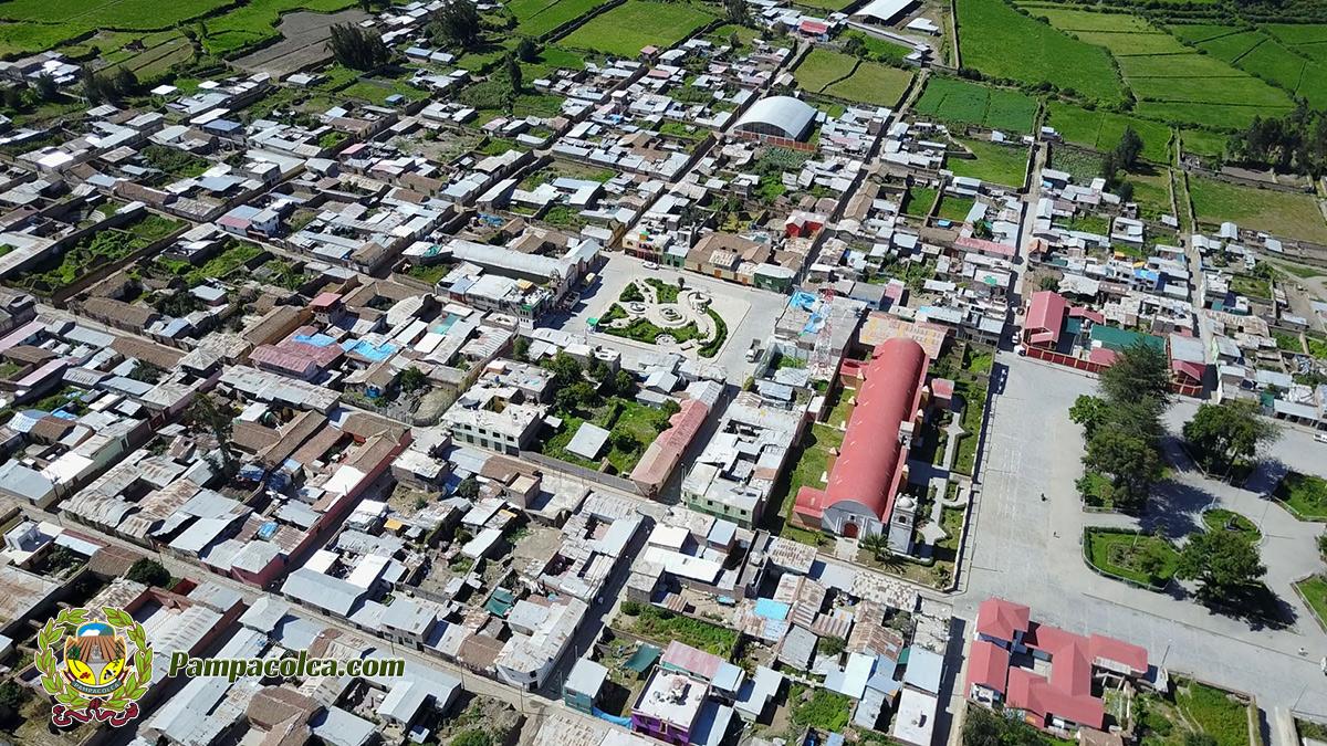 Vista aerea Drone Pamapacolca.com pueblo Pampacolca Drone